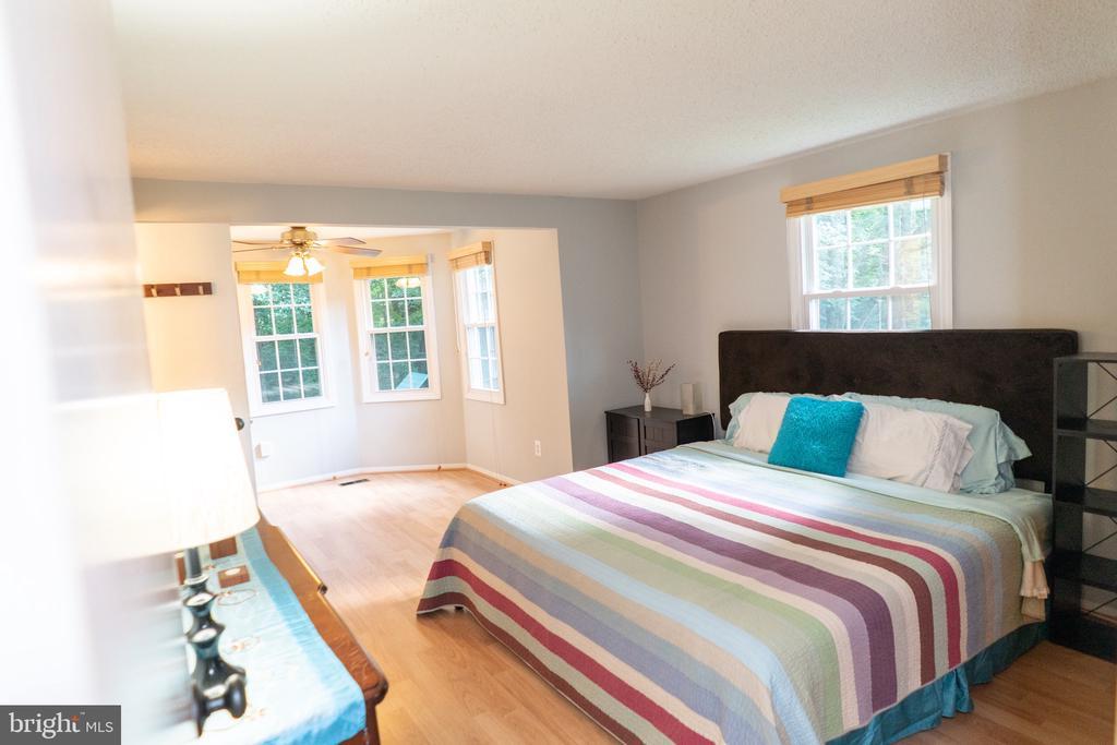 Main bedroom - 5919 VERNONS OAK CT, BURKE