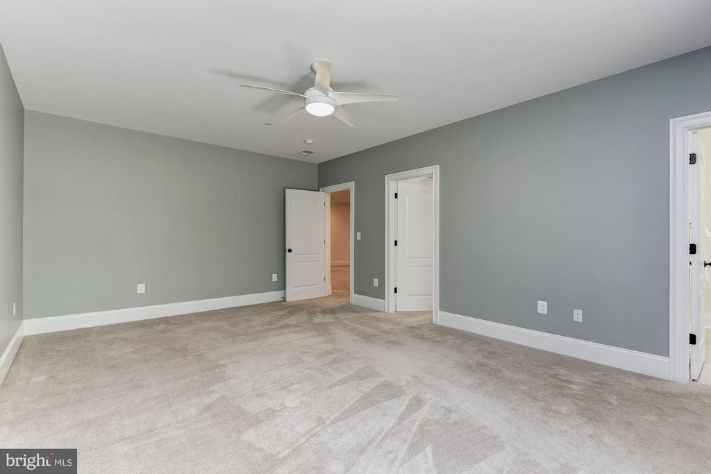 Lower Level Bedroom - 7822 JACKSON MOUNTAIN DR, FREDERICK