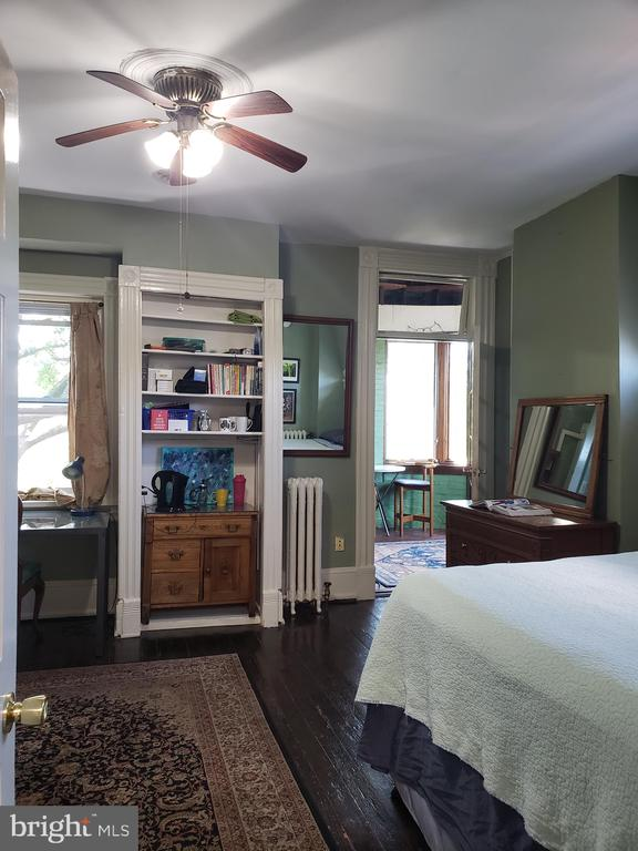 Third Floor Front Bedroom. - 1115 RHODE ISLAND AVE NW, WASHINGTON