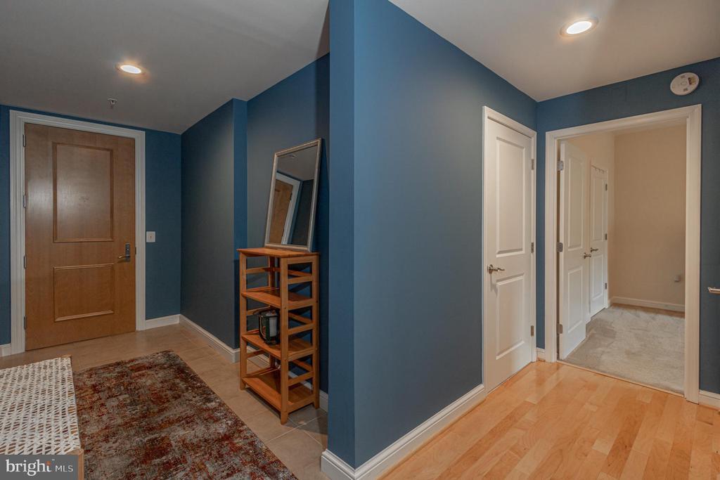 Entry Foyer - 11990 MARKET ST #215, RESTON