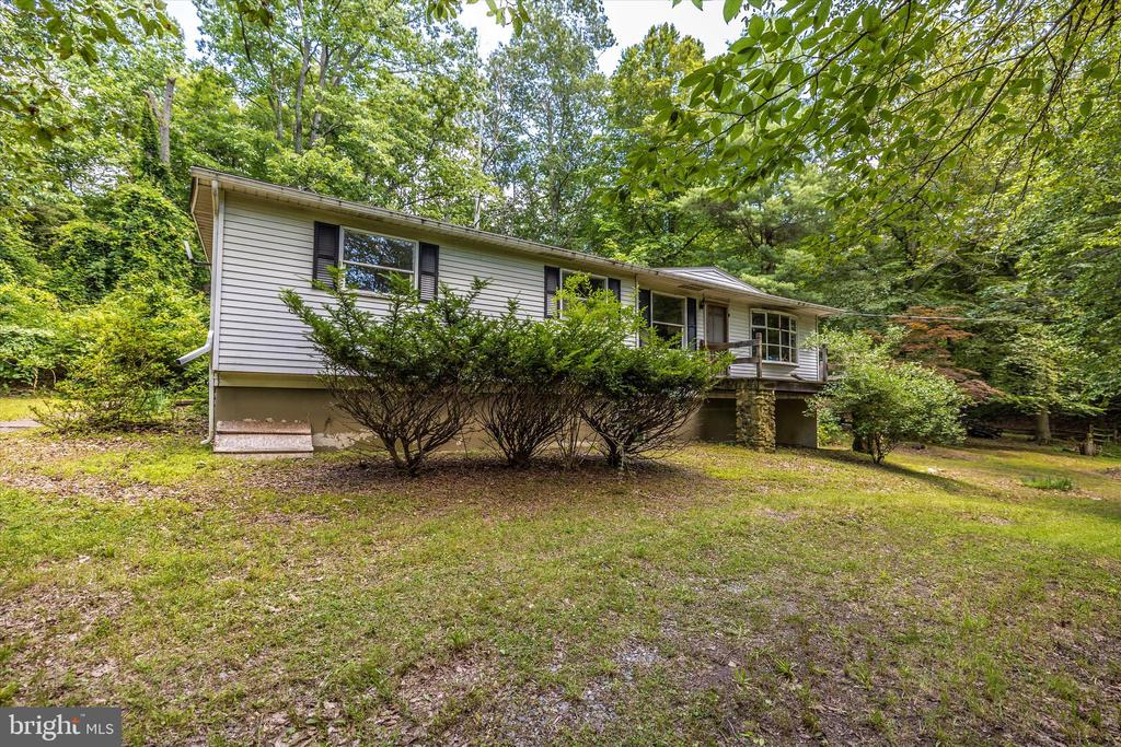 Front - 6233 YEAGERTOWN RD, NEW MARKET