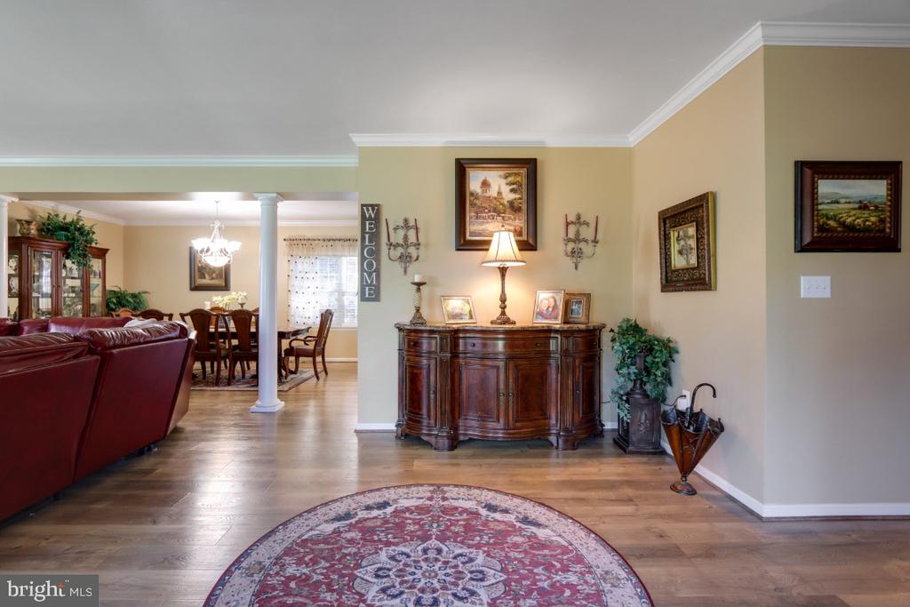 The Home Offers An Elegant Formal Entry - 384 TURNBERRY DR, CHARLES TOWN