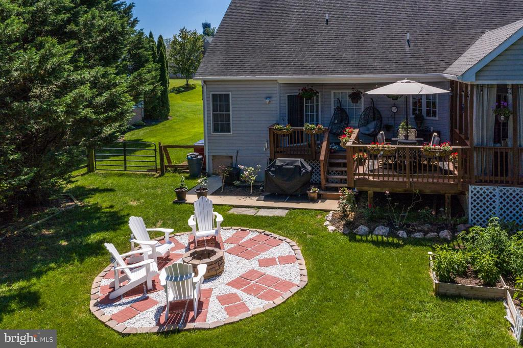Aerial View of the Fire Pit! - 384 TURNBERRY DR, CHARLES TOWN
