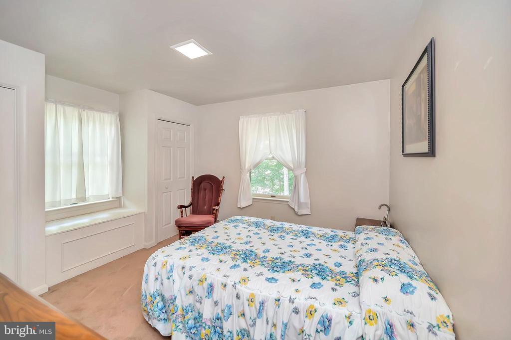 bedroom 2 - 201 HAPPY CREEK RD, LOCUST GROVE