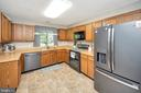 All equipped Kitchen-appliances age 3 - 141 EAGLE CT, LOCUST GROVE