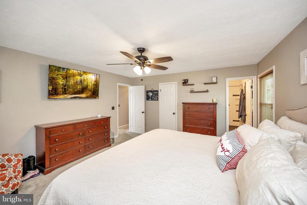 Bedroom #1 - 141 EAGLE CT, LOCUST GROVE