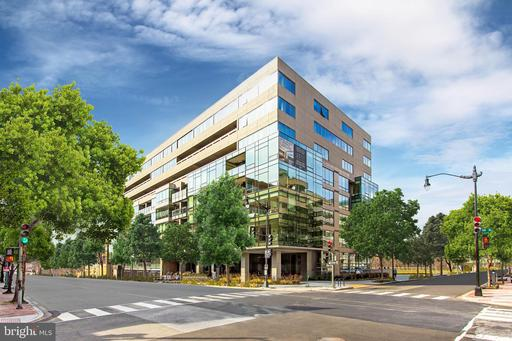 2501 M ST NW #202