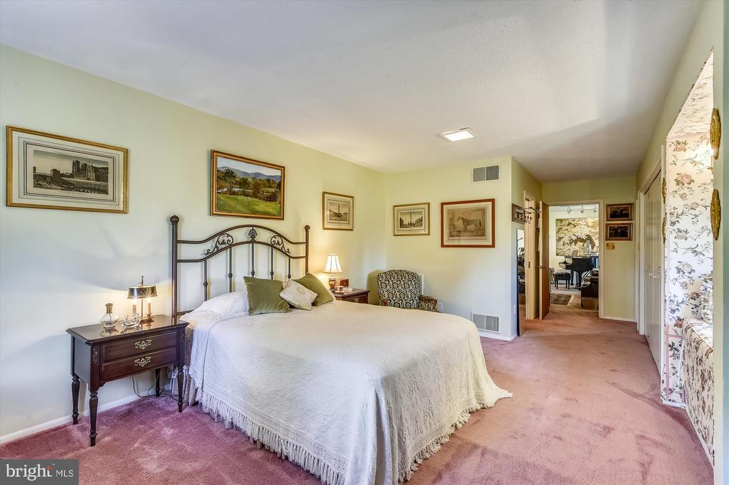 Bedroom 2, en suite - 1823 OLD WINCHESTER RD, BOYCE