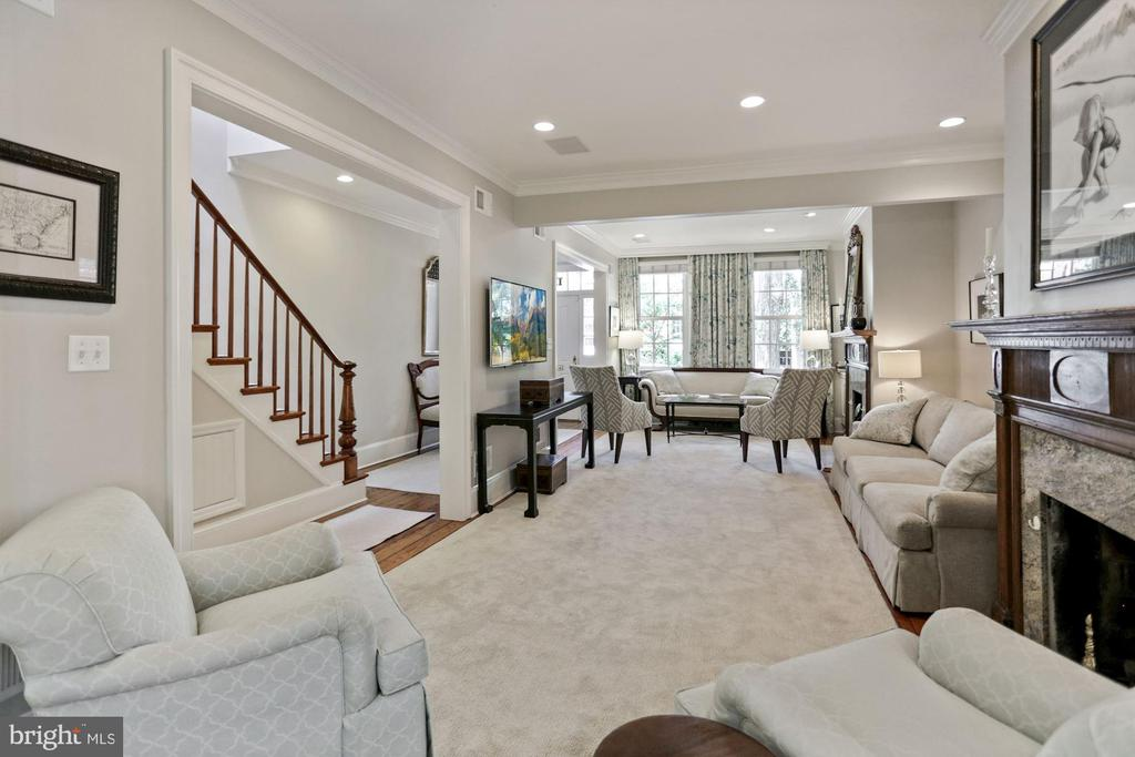 Looking for a showplace of a home? - 121 6TH ST NE, WASHINGTON