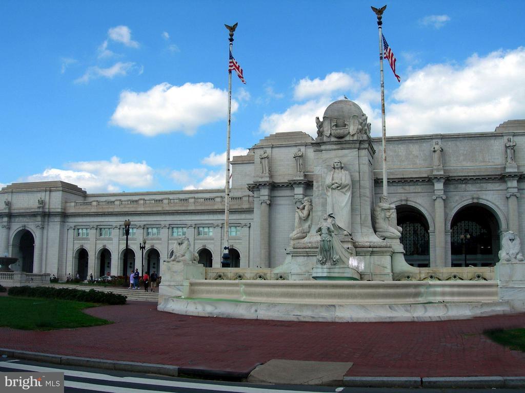 Union Station - 121 6TH ST NE, WASHINGTON