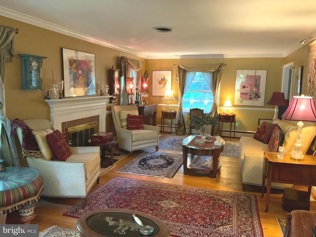 Living Room - 6551 DEARBORN DR, FALLS CHURCH