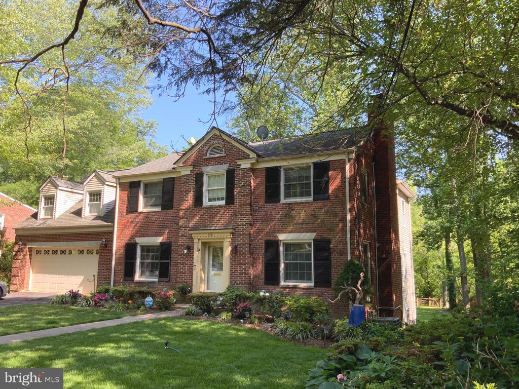 Front VIew - 6551 DEARBORN DR, FALLS CHURCH