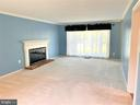 Living room - 8503 QUEEN ELIZABETH BLVD, ANNANDALE