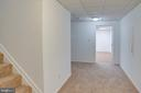 The lower level hallway - 320 DESTROYER CV, STAFFORD