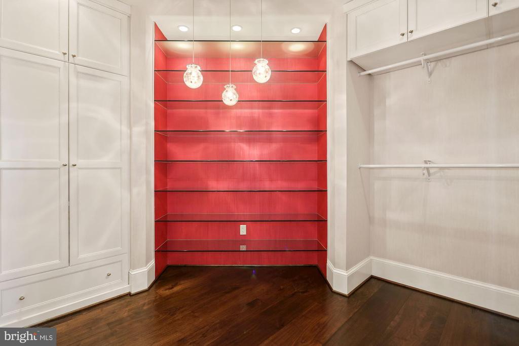 Spacious primary closet with ample storage - 1881 N NASH ST #2311, ARLINGTON