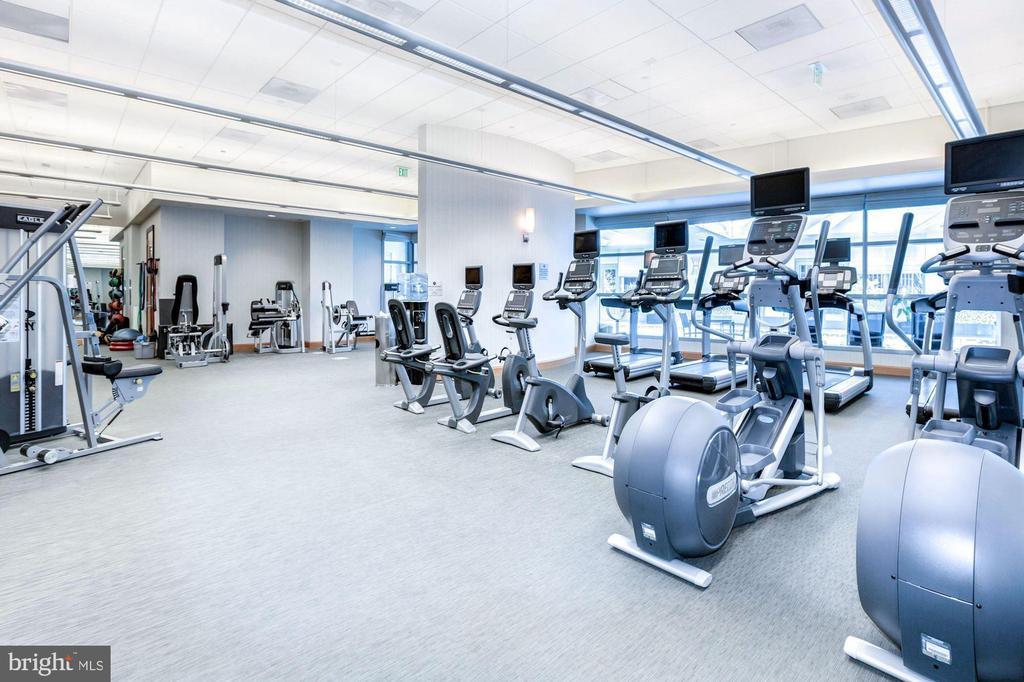 Turnberry Tower fitness studio - 1881 N NASH ST #2311, ARLINGTON