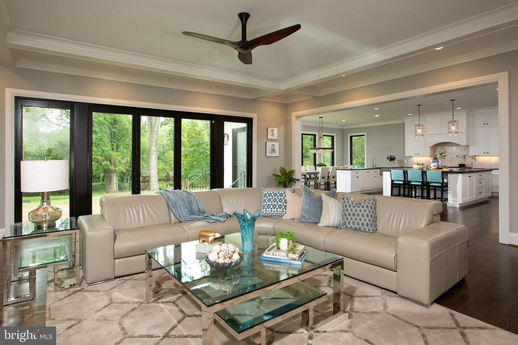 Inviting Family Room Opens to the Gourmet Kitchen - LOT 87 MUNSUN PL, LEESBURG