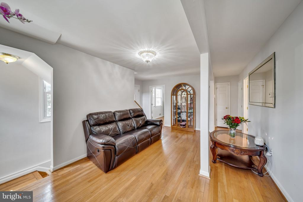 Gorgeous Hardwood Flooring In Most Living Spaces - 2919 MONROE PL, FALLS CHURCH