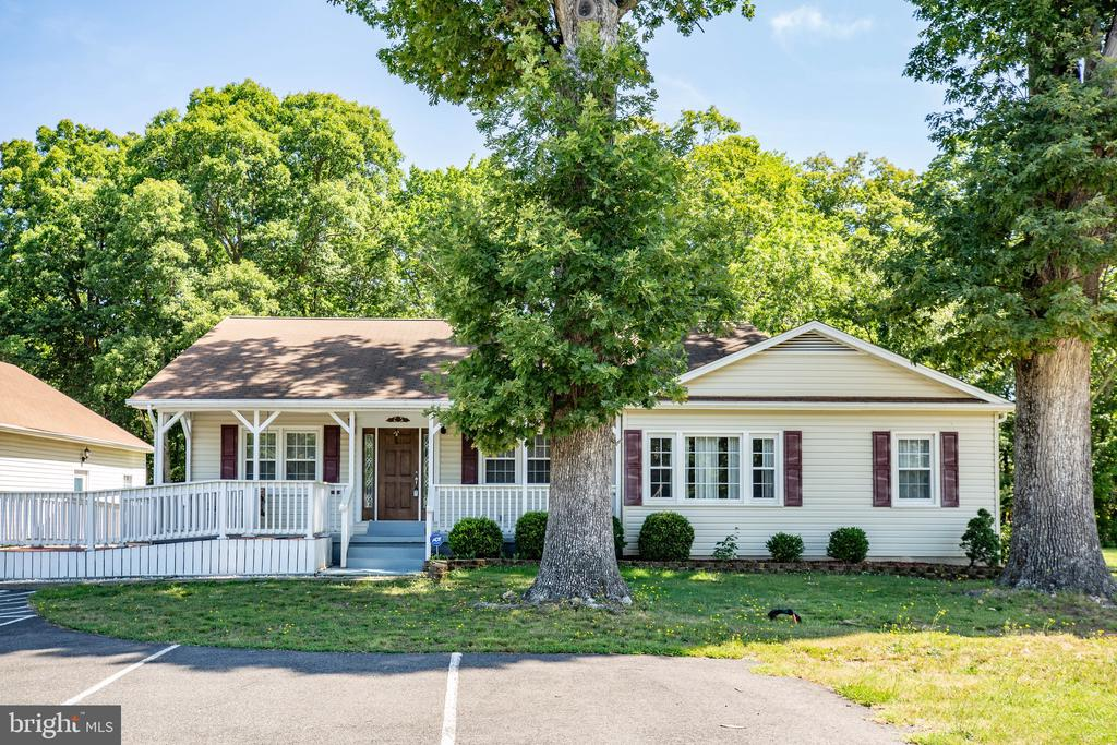 Primary residence - 655 COURTHOUSE RD, STAFFORD