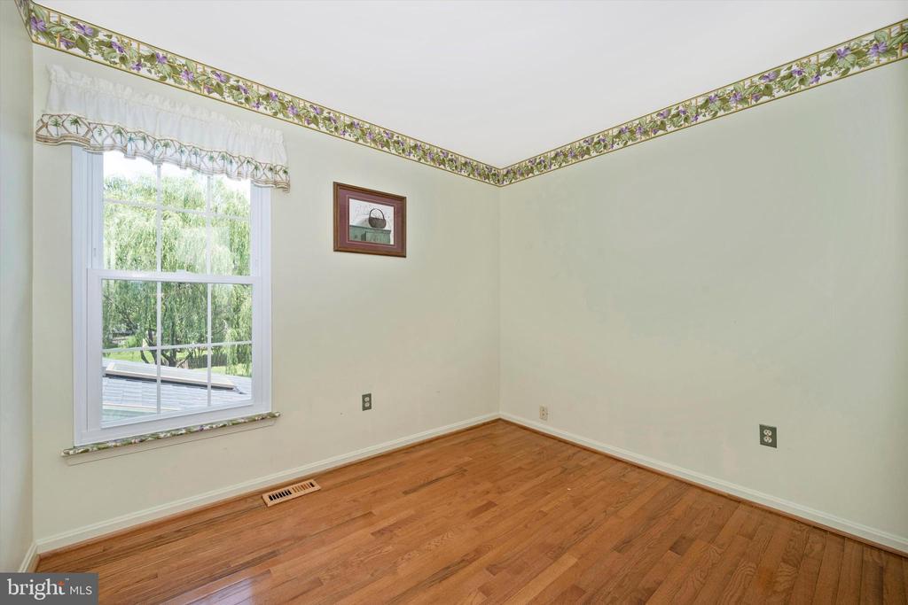 2nd Bedroom - 6904 BARON CT, FREDERICK