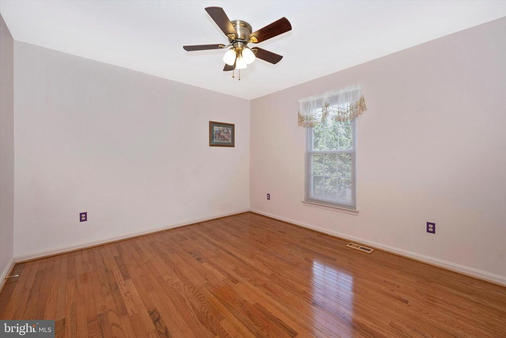 3rd Bedroom - 6904 BARON CT, FREDERICK
