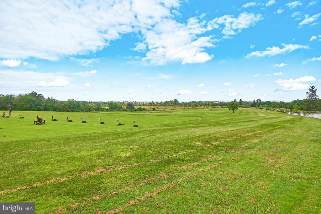 Belmont country club amenity - Golf range - 20003 BELMONT STATION DR, ASHBURN