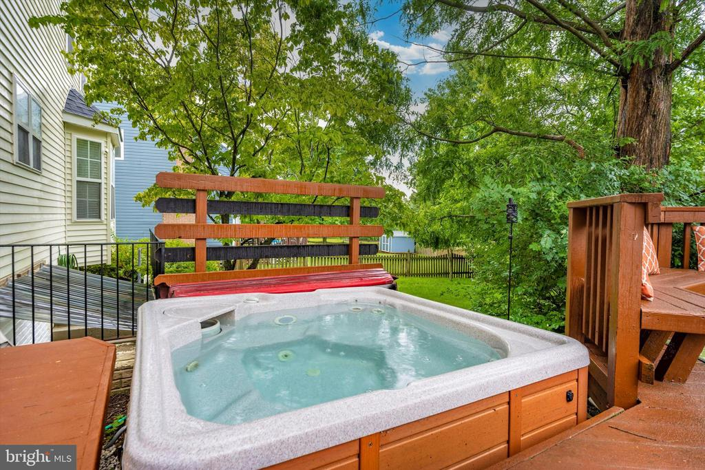 Relax...... - 6304 SPRING FOREST RD, FREDERICK