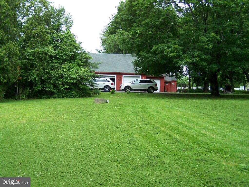 908 910 912 Hilltown Pike , LINE LEXINGTON, Pennsylvania image 6