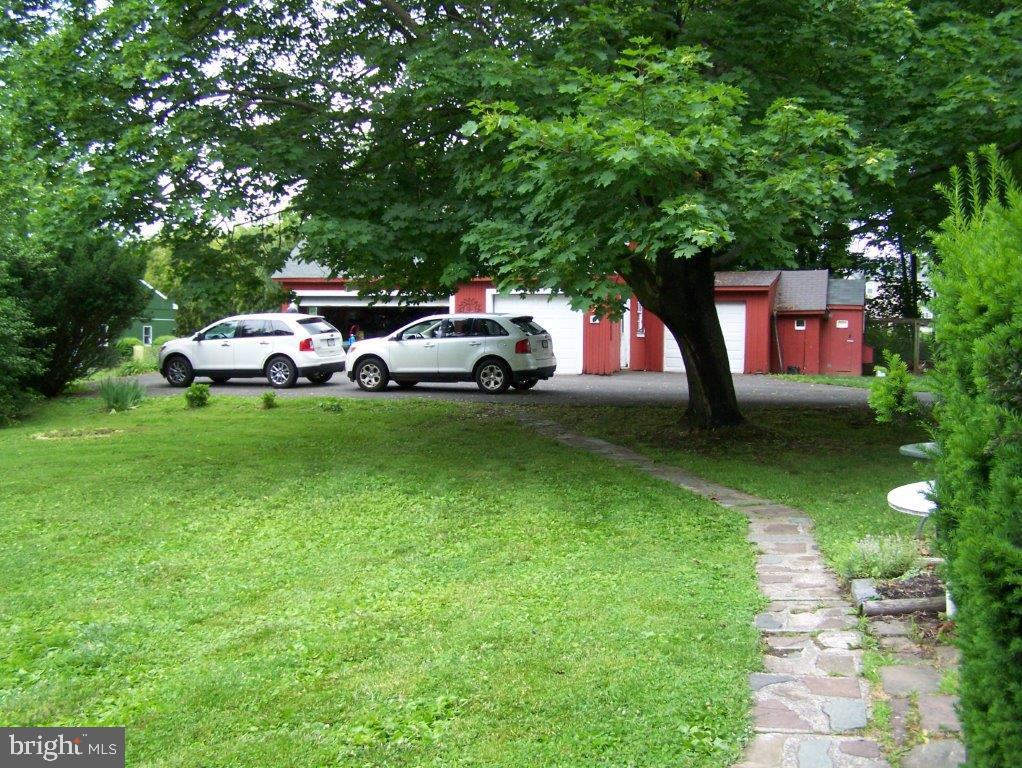 908 910 912 Hilltown Pike , LINE LEXINGTON, Pennsylvania image 7
