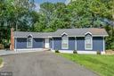 Newly Painted Popular Color Scheme - 141 EAGLE CT, LOCUST GROVE