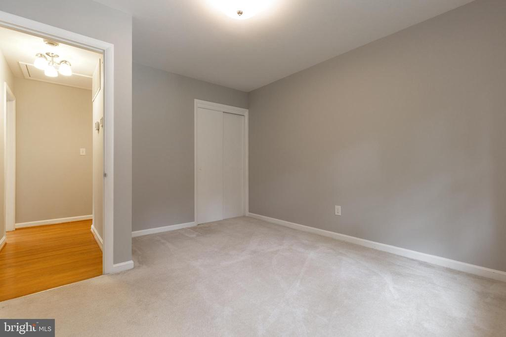Third bedroom provides ample closet storage - 7324 PINECASTLE RD, FALLS CHURCH