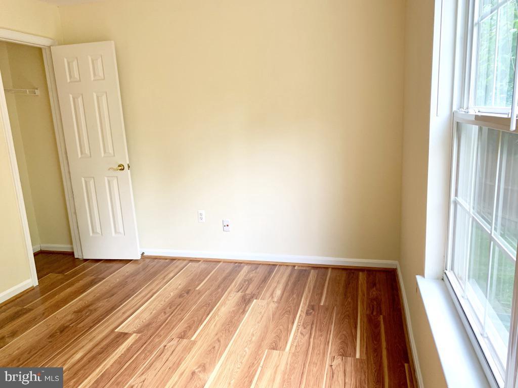 Bedroom 2 (closet 1) - 501 CONSTELLATION SQ SE #C, LEESBURG