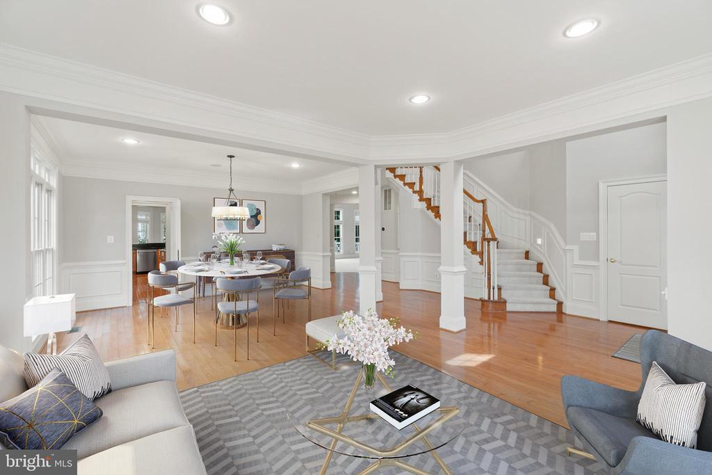 Virtually staged living & dining rooms - 43409 RIVERPOINT DR, LEESBURG