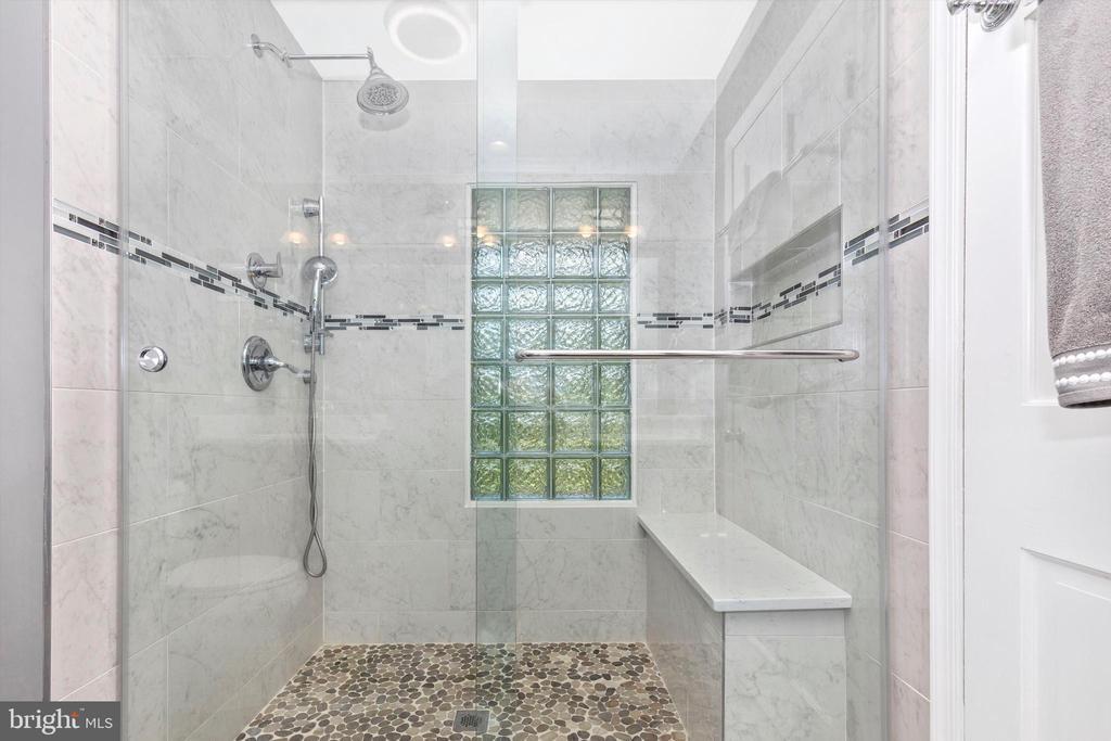 Primary Bath - 7402 ROUND HILL RD, FREDERICK
