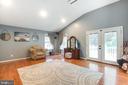wood floors - vaulted ceiling in Owners Suite - 8305 VENTNOR RD, PASADENA