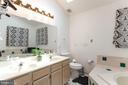 upper level master suite Bathroom - 8305 VENTNOR RD, PASADENA