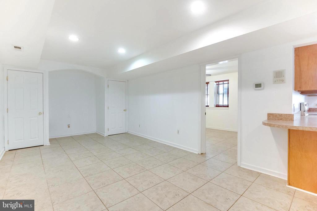 living room of in-law suite - 8305 VENTNOR RD, PASADENA