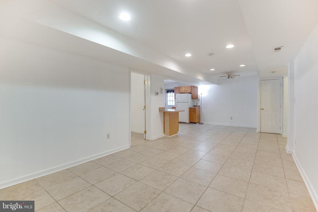 living room & dining area in in-law suite - 8305 VENTNOR RD, PASADENA