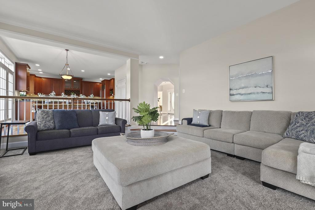 Family Room - 14868 CIDER MILL RD, HILLSBORO