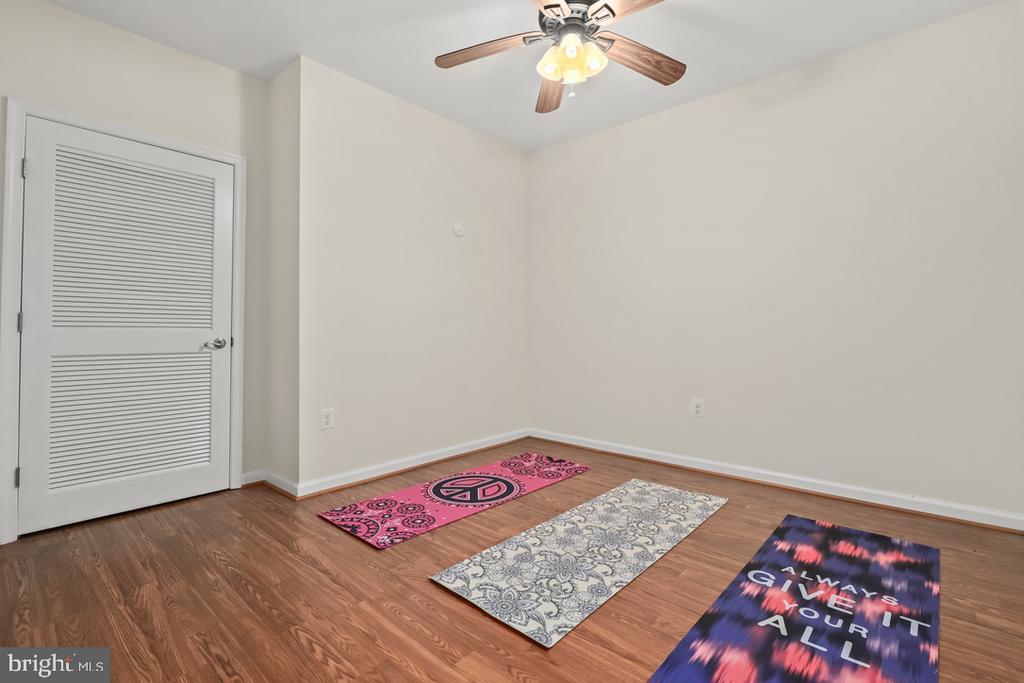 additional bonus space in lower lvl - 14868 CIDER MILL RD, HILLSBORO