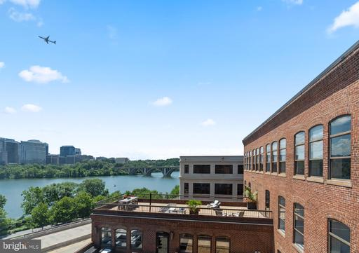 3299 K ST NW #702