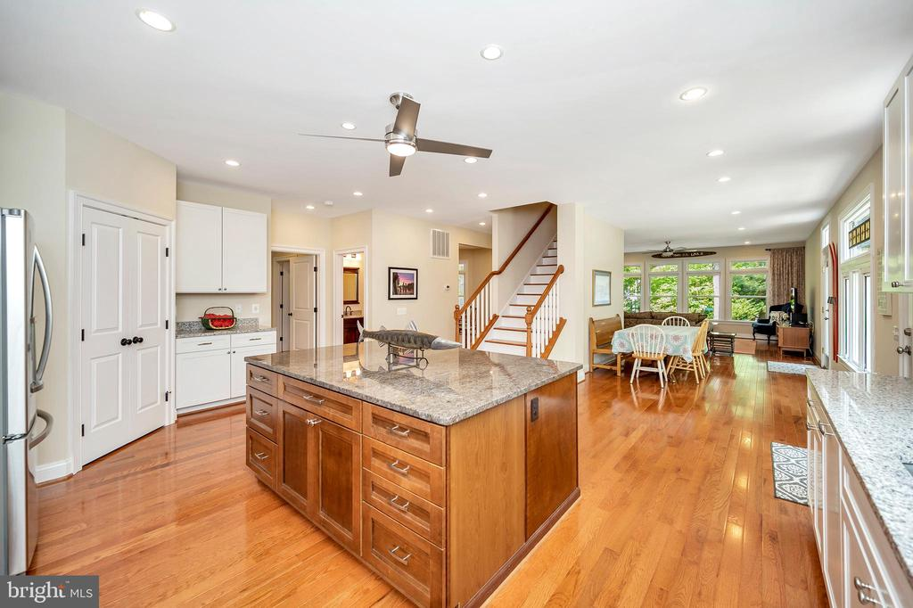 pantry view-island-view thru to family room - 108 BEACHSIDE CV, LOCUST GROVE