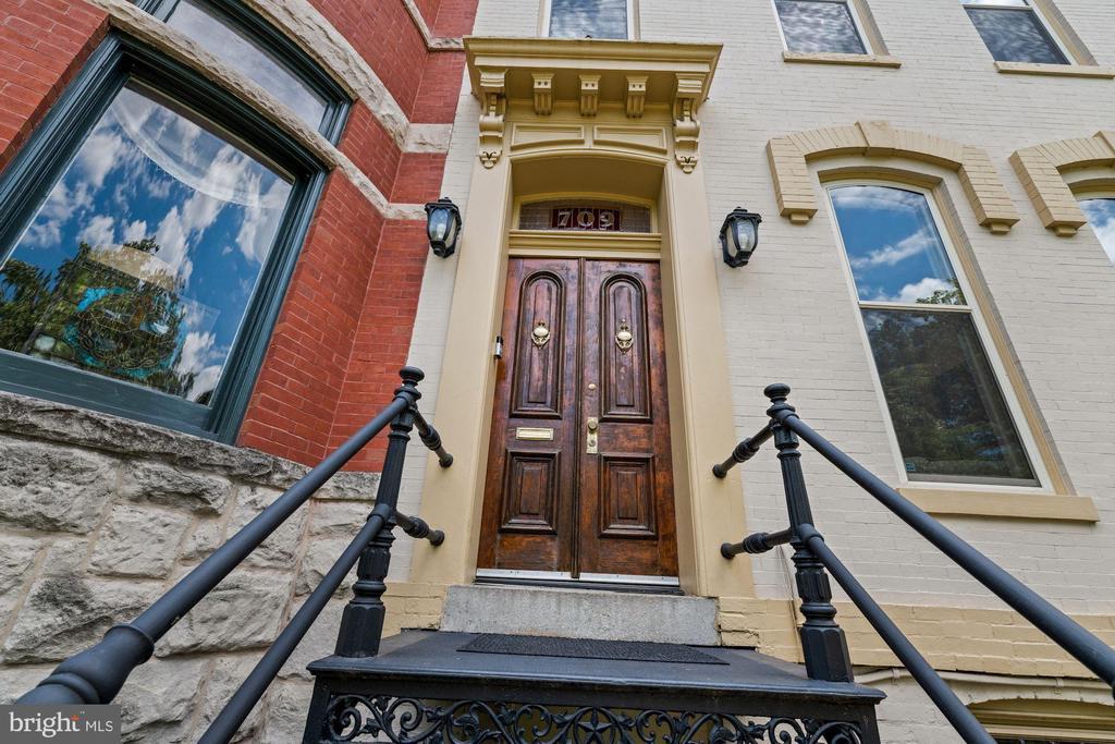 Original Front Door - 709 E CAPITOL ST SE, WASHINGTON