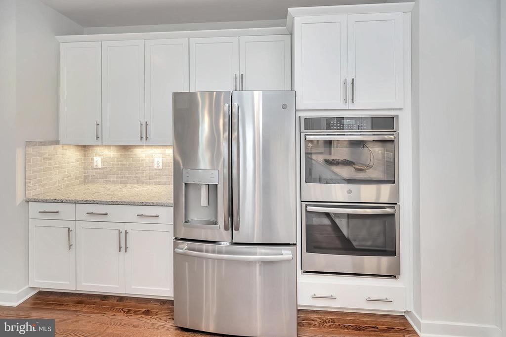 Stainless Steel Appliances - 17152 BELLE ISLE DR, DUMFRIES