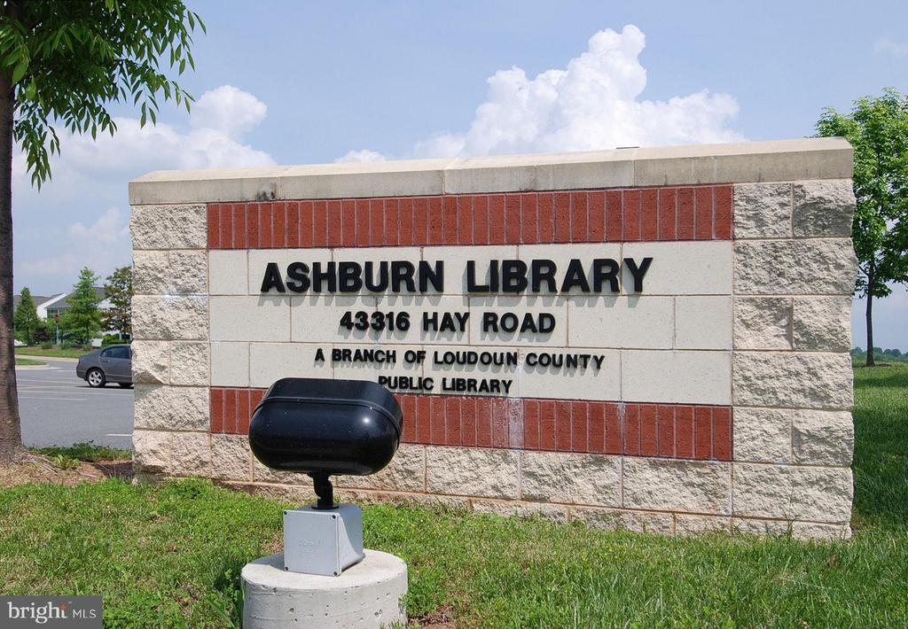 Amenity-Ashburn Public Library - 21314 LORD NELSON TER, ASHBURN