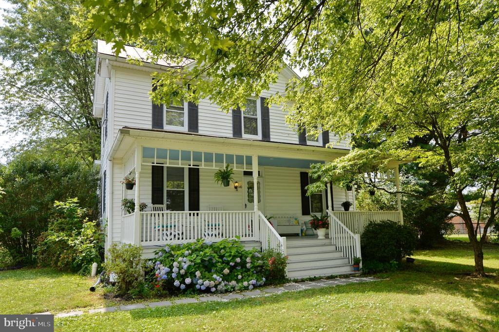 Front elevation - 410 S NURSERY AVE, PURCELLVILLE