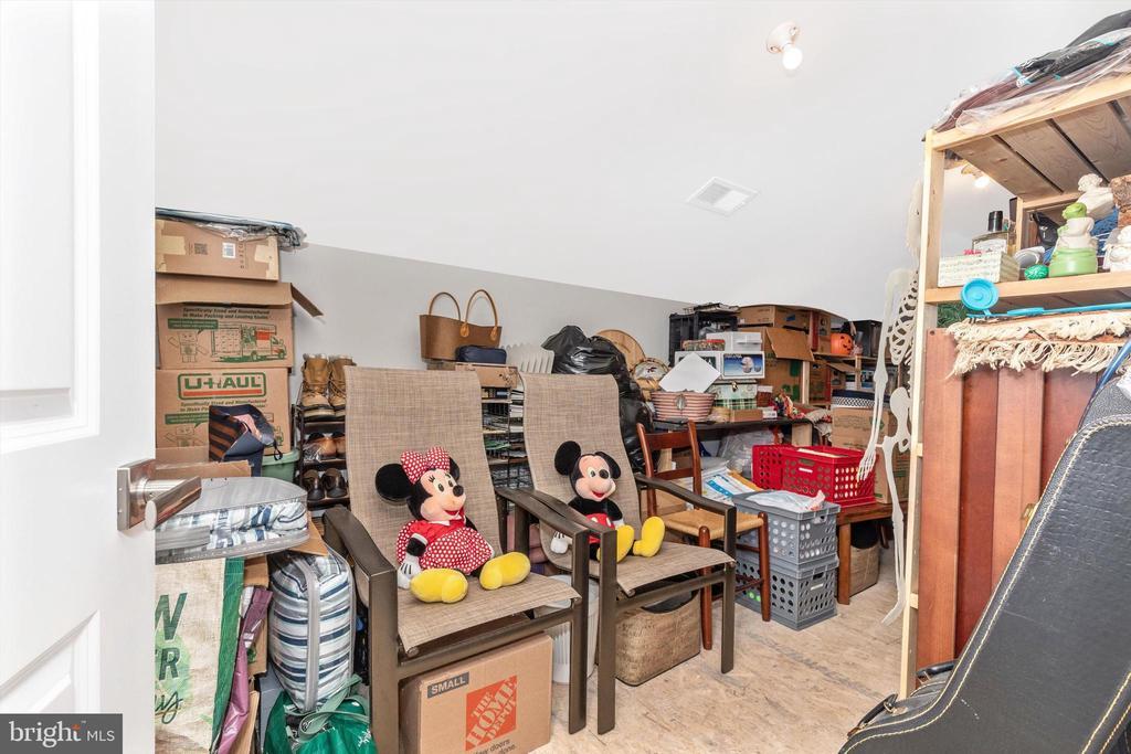 Upper level storage room - 3835 FULHAM RD, FREDERICK