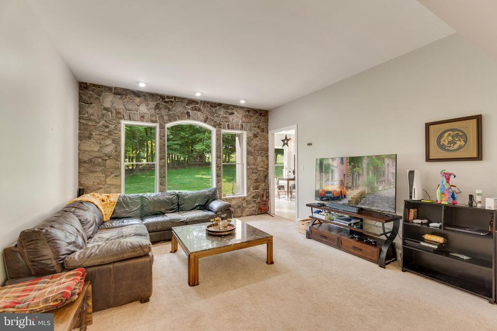 Natural stone with large window are a feature - 4346 BASFORD RD, FREDERICK
