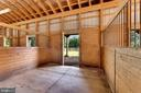 Dutch doors open to paddocks and pasture - 4346 BASFORD RD, FREDERICK