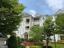 Front of Building - 501 SUNSET VIEW TER SE #306, LEESBURG